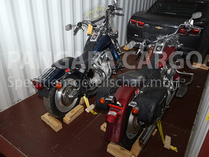 weltweiter motorrad transport. Black Bedroom Furniture Sets. Home Design Ideas